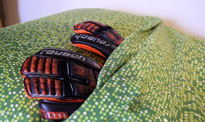 amore per i guanti da portiere