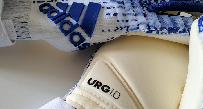 I lattici dei guanti da portiere Adidas